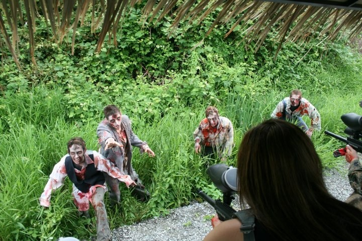 Zombies attacking in zombie paintball